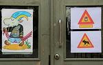 Koulun ovessa tulijaa tervehti 2.5.2011 juliste: TERVETULOA Alfa-kurssin päätösjuhlaan! Varo hirveä ja raamattutartuntaa!