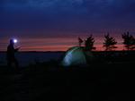 Otsalampun valossa on helppoa löytää teltalle