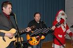 Lopuksi tietysti vielä laulettiin yhdessä joulupukin kanssa.