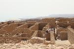 Ensimmäinen kohteemme oli korkean vuoren laella sijaitseva Masada