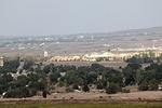 ...katseltiin laakson yli Syyrian puolelle...