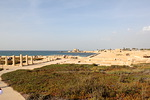 Tässä sijaitsi roomalaisten aikana eräs Välimeren komeimmista ja vilkkaimmista satamista. LISÄÄ KUVIA LÖYDÄT SIVULTA 2