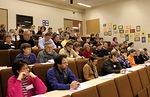 ...ja hetkeä myöhemmin auditorio täyttyi jälleen innokkaista raamattukoululaisista...