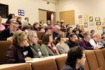 Auditorioon kokoontui piinaviikollakin suuri ja innokas opiskelijoiden joukko.