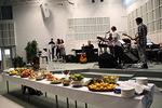 Arkki House Band eli AHB puki kiitoksen ja ylistyksen lauluksi ja säveliksi