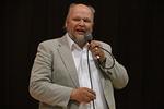 Markku Tenhunen kertoi Hänestä, joka ainoana voi sanoa olevansa olevansa tie, totuus ja elämä
