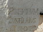 Tämä Pontius Pilatuksen rakennustöistä kertova kivipaasi todistaa hänen olleen historiallinen henkilö